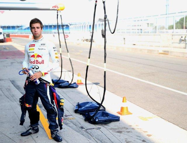 Antonio Felix da Costa - redbull F1 vest